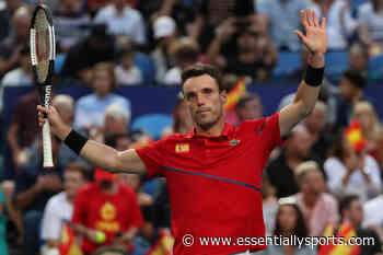 WATCH: Roberto Bautista Agut's Sportsmanship Act at Italian Open 2021, Asks Crowd to Stay for Andrey Rublev - EssentiallySports