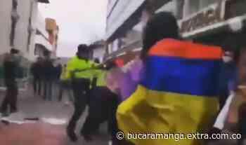 Plantón pacífico en Tunja dejó disturbios y mujeres heridas [VIDEOS] - Extra Bucaramanga