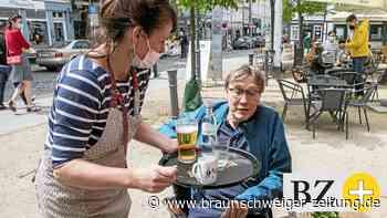 Endlich wieder draußen sitzen und essen in Braunschweig