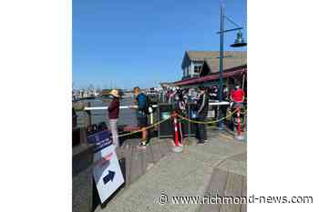 1st day of spot prawn sales draws massive line up at Steveston Harbour - Richmond News