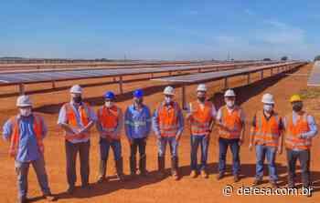 Prefeito de Rio Branco visita indústria de energia fotovoltaica de Araguari em Minas Gerais - Defesa - Agência de Notícias