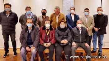 Palenque dimite y Crespo recibe asesoramiento de expresidentes y de Tigres Fuertes - Diario Pagina Siete