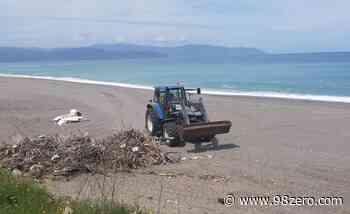 Avviata la pulizia delle spiagge di Barcellona Pozzo di Gotto - 98Zero.com