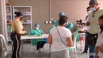El municipio de Sabaneta habilitó un nuevo punto de vacunación - Telemedellín