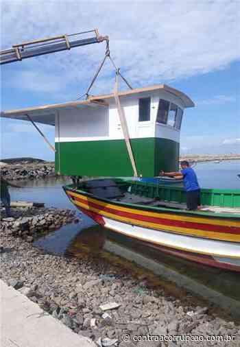 Prefeitura de Itapemirim - Prefeitura auxilia atividade pesqueira com reparo e manutenção de embarcações em Itapemirim - Portal Contra a Corrupção
