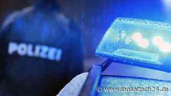 Fahrerflucht nach Zusammenstoß zweier Autos bei Lohkirchen