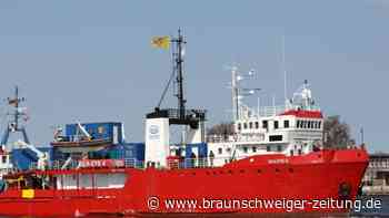 """Mittelmeer: """"Sea-Eye 4"""" hat mehr als 400 Bootsmigranten gerettet"""
