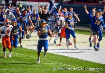 Former Joplin star Isaiah Davis goes off in South Dakota State's FCS National Championship loss