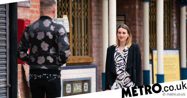 Who is Sean's mate Carol in Coronation Street?