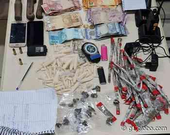 Grupo é flagrado contabilizando material do tráfico em Angra dos Reis - G1
