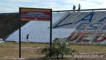Tensión en San Martín entre ambientalistas, municipio y policía por la pintada de un mural - Diario Uno