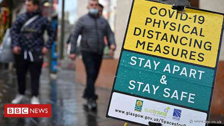 Covid in Scotland: Glasgow case rate continues to rise - BBC News