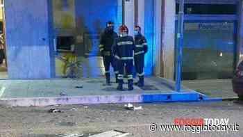 Salta in aria sportello delle Poste, ad agire nella notte un gruppo di banditi: la bomba in via Magnani a Lucera - FoggiaToday
