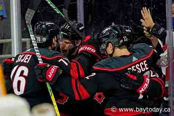 Staal, Niederreiter lift Hurricanes past Predators 5-2