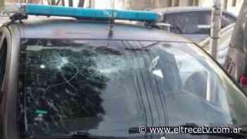Vecinos de Remedios de Escalada atacaron a policías para liberar a un preso que huyó esposado - El Trece