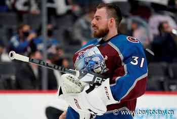 MacKinnon, Grubauer lift Avs to 4-1 win over Blues in Game 1