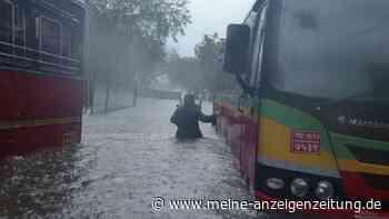 Heftiger Zyklon vor Indien: 127 Menschen nach Schiffsunglück vermisst - Corona-Lage spitzt sich zu