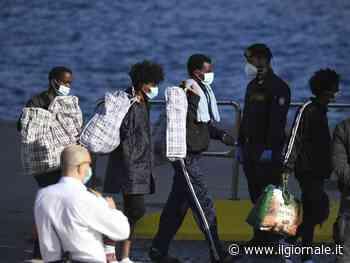 La pressione continua: a Ceuta arrivano 5mila migranti in un giorno