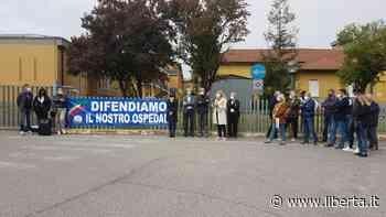"""Protesta Lega a Castel San Giovanni: """"Questo ospedale non può essere svuotato"""" - Libertà Piacenza - Libertà"""