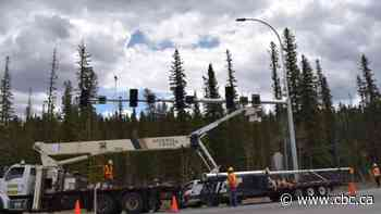 Bragg Creek's congested 4-way stop gets traffic lights