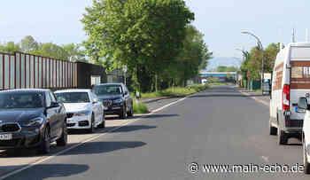 Parkende Fahrzeuge und haltende Busse - gefährliche Situationen in Obernburg er Römerstraße - Main-Echo