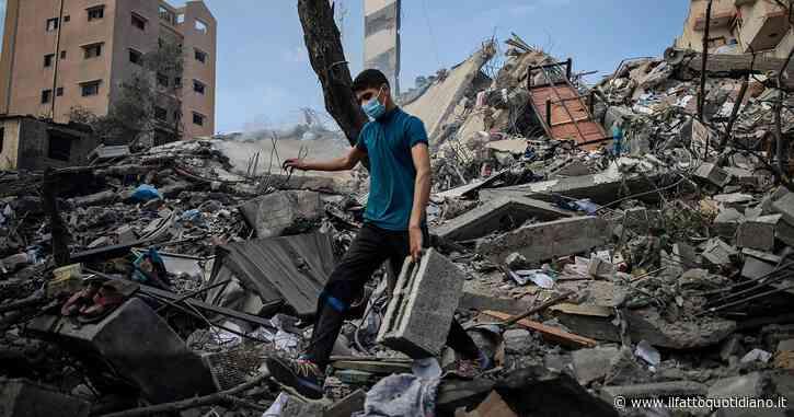 """Scontri Tel Aviv-Gaza: Israele abbatte l'unico laboratorio Covid della Striscia. Borrell: """"Priorità Ue è cessate il fuoco"""". Di Maio: 'No razzi, ma risposta sia proporzionata'"""