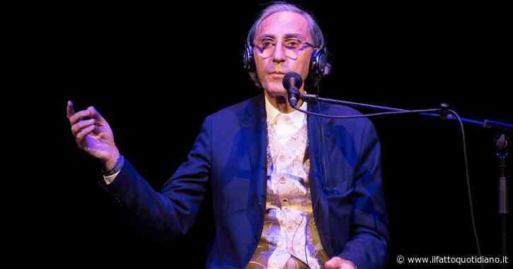 """Franco Battiato, le sue parole sulla musica di consumo: """"È a volte infelice e indecente, ma quando riesce descrive magnificamente i sentimenti umani"""""""