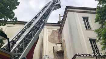 Stadtentwicklung: Feuerwehr hilft bei der Vermessung des Alten Kinos in Frankfurt (Oder) - moz.de