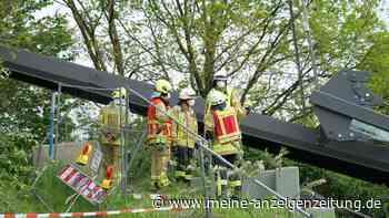 Brücke bei Hannover eingestürzt: Tonnenschwerer Pfeiler kracht auf zwei Menschen - einer der Arbeiter stirbt