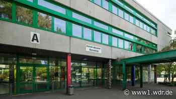 Gymnasium in Langenfeld will Schüler gegen Corona impfen - WDR Nachrichten