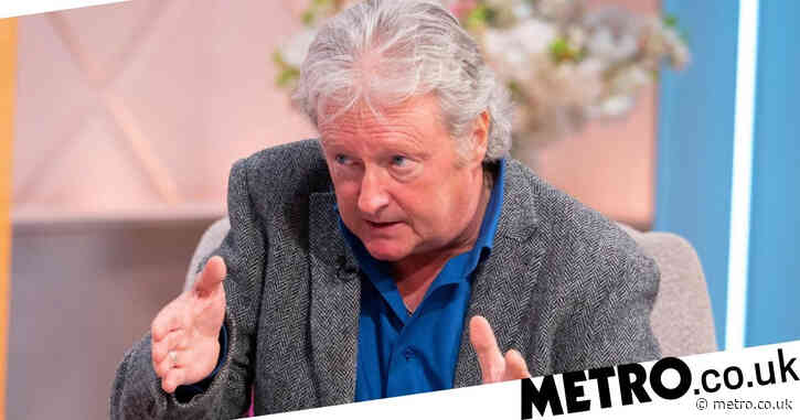 Coronation Street star Charlie Lawson 'busted' as beloved dog dies