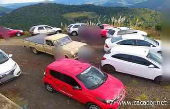 Infração: Polícia Militar flagra aglomeração no Morro do Agudo - Caçador Online