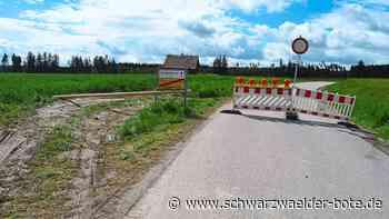 Sperrung in Niedereschach - Autofahrer missachten Verkehrsschilder und beschädigen Feld - Schwarzwälder Bote