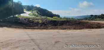 Melhorias são realizadas na estrada entre Flores da Cunha e São Marcos e no distrito de Mato Perso | Grupo Solaris - radiosolaris.com.br
