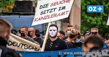 """""""Freidenker"""" und Neonazis marschieren durch Anklam - Ostsee Zeitung"""