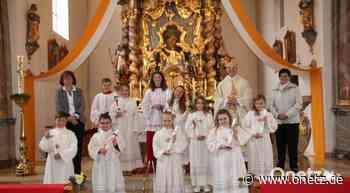 Acht Kinder feiern in Teunz Erstkommunion - Onetz.de