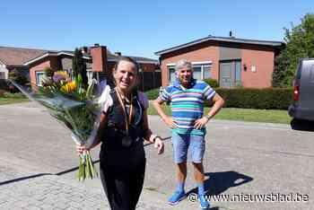 Horeca-uitbaatster loopt marathon om op te warmen voor heropening terrassen - Het Nieuwsblad