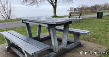 City reconsiders charging for Dorval picnic table reservations - Mtltimes.ca - mtltimes.ca