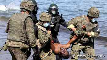 Ceuta: Spanish troops clear migrants from African enclave