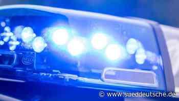 Mann flüchtet vor Polizei unter Drogen in gestohlenem Auto - Süddeutsche Zeitung
