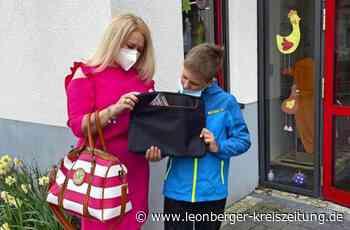 Stuttgarter Kinderglückswerk hilft: Szymon aus Rutesheim bekommt einen Laptop - Rutesheim - Leonberger Kreiszeitung