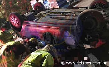 Accidente fatal en Burzaco: una mujer murió tras volcar con su auto - Noticias De Brown
