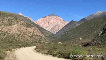 Cerro Punta Negra: piden que el Gobierno decida si lo aprueba o no - MDZ Online