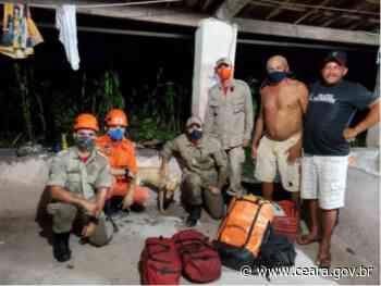 Corpo de Bombeiros resgata cachorro que caiu em cacimba em Itapipoca - Ceará