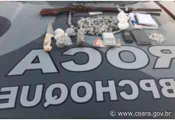 CPCães da PMCE apreende drogas e espingarda durante ação em Aquiraz - Ceará