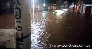 Creciente de la quebrada Mellizo causó inundaciones en Viterbo - BC NOTICIAS - BC Noticias