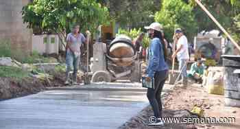 Habitantes de El Copey pavimentan las vías y ahorran así el 90 por ciento de los recursos del municipio - Semana