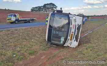 SP: Ônibus com trabalhadores rurais tomba e deixa dois feridos em Tanabi - REVISTA DO ÔNIBUS