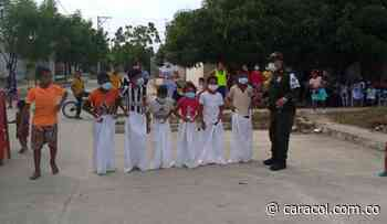 Policía adelantó jornada lúdica que benefició a niños de Magangué - Caracol Radio