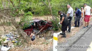 Accidente automovilístico en el tramo de Tonalá-Pijijiapan - diariodechiapas.com